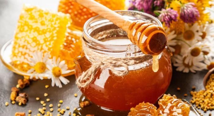 V medu nalezeny stopy radioaktivity. Desítky let po výbuchu.